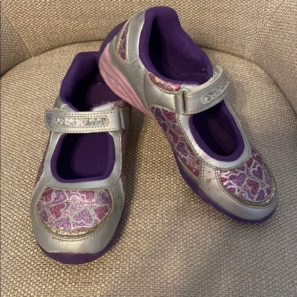 Stride Rite Purple Hearts Light up Mary Janes